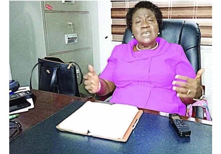 Governor Fayemi's Aide Slumps And Dies In Her Office (Photo)…