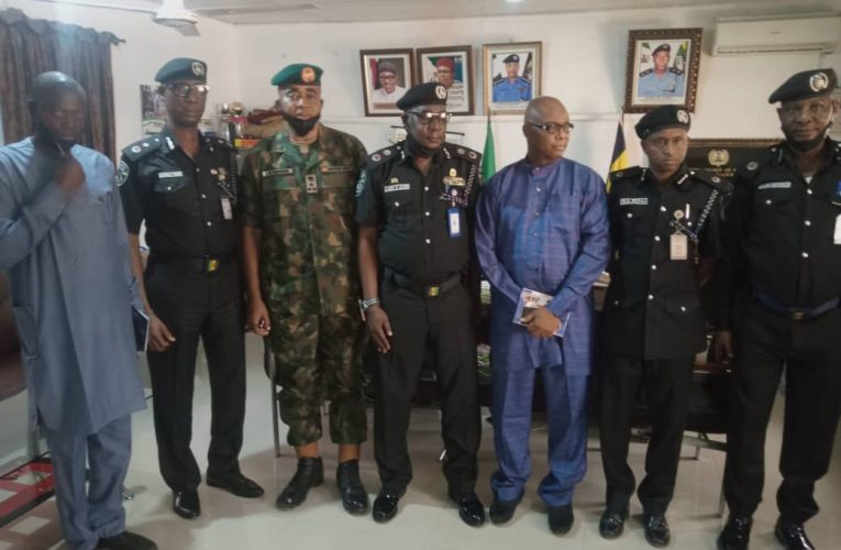 National Insecurity: General Mabekowu Meets Taraba CP For Intelligence Sharing…