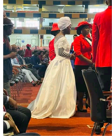 Woman 'Looking For Husband' Storms Popular Abuja Church Wearing Wedding Dress For Her Marital Breakthrough…