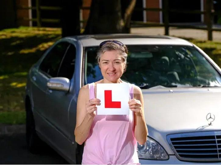 This Woman Still Has No Driving License Despite Taking 1,000 Lessons In 30 Years…