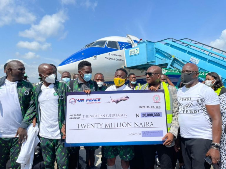 Air Peace CEO Fulfills N20m Promise To Super Eagles…